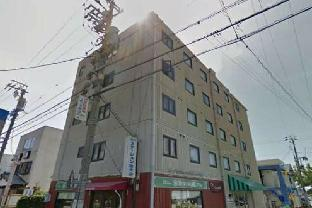 OYO 647 Iwata City Hotel
